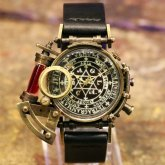 スチームパンク 腕時計 電氣エンドルフィン x A STORY コラボウォッチ レッドパイプ ブラック魔法陣 蓄光 文字盤