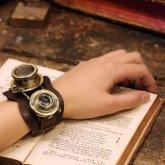 スチームパンク 時計 メモリーズ デュアルタイム T型 カメラレンズの腕時計