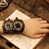スチームパンク 時計 メモリーズ デュアルタイム Y型 カメラレンズの腕時計