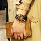 スチームパンク腕時計 クロノマシーン 真鍮 電池式