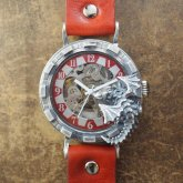 <img class='new_mark_img1' src='https://img.shop-pro.jp/img/new/icons5.gif' style='border:none;display:inline;margin:0px;padding:0px;width:auto;' />ドラゴンの腕時計『時計の針が気になって夜も眠れないドラゴン』silver925 レッド 自動巻き機械式