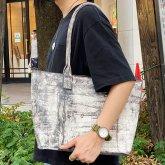 【ラスト1点】カガリユウスケ ジップトート マチ付きトートバッグ 都市型迷彩