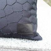 【受注】カガリユウスケ 壁布クッション トンボ ブラック【2020 有機的な個体】