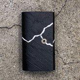 【受注】カガリユウスケ シンプルキーケース 亀裂彫り クラックブラック 黒壁 k-06 cc/bk 2020