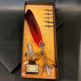 羽根ペン 羽ペン つけペン ステーショナリーセット フェザーペン 筆立て | 結婚式 プレゼント ボックス付き (レッド)