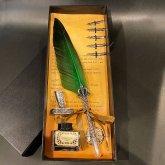 羽根ペン 羽ペン つけペン ステーショナリーセット フェザーペン 筆立て | 結婚式 プレゼント ボックス付き (グリーン)