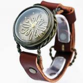個性的な腕時計 twist