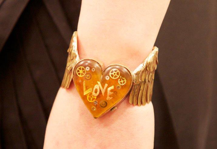 手作り腕時計 LOVE FLIES 00