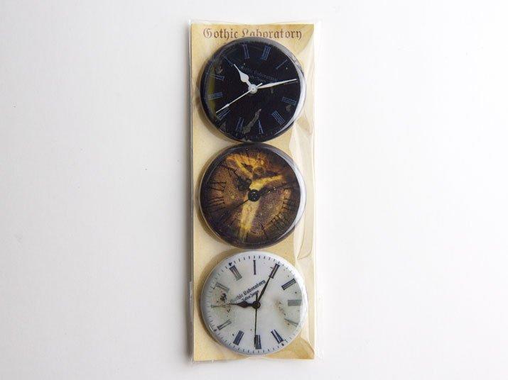 Gothic Laboratory 時計の文字盤「WATCHES」缶バッジ M