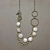cocoon コクーン タツノオトシゴとパールのロングネックレス(真鍮)