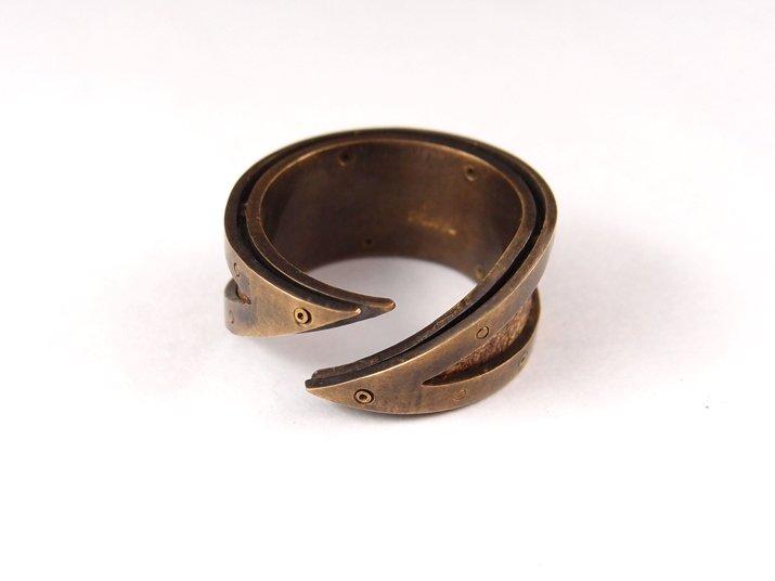 chord コード 太陽と月の手紙リング Letter Ring damage(真鍮)