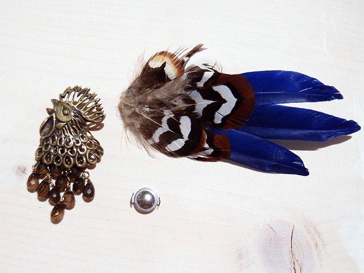 cocoon コクーン 『金の卵を産むニワトリ』のブローチ