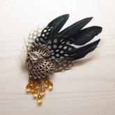 cocoon コクーン 『金の卵を産むニワトリ』のブローチ シルバー