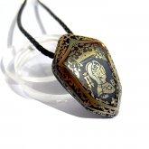 Caspol Glass カスポルグラス 盾型の紋章「西洋の騎士」  ペンダント