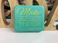 モダホーム BOX缶 -The Sewing Sayings Tin No.15-(moda home-tin-15)