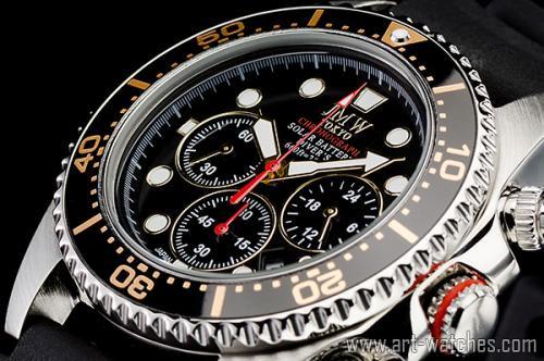 【JMW TOKYO】ブラック&ゴールド上級ソーラーダイバー200m防水【回転(逆回転防止)ベゼル】クロノグラフ腕時計