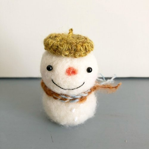 <img class='new_mark_img1' src='https://img.shop-pro.jp/img/new/icons6.gif' style='border:none;display:inline;margin:0px;padding:0px;width:auto;' />冬限定 大人のsnowman マスタードイエローベレー