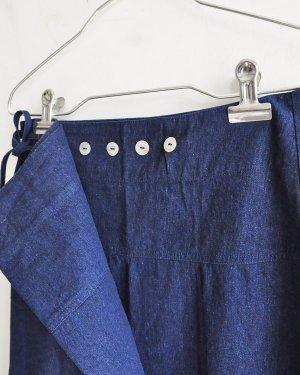 デニムボタンスカート
