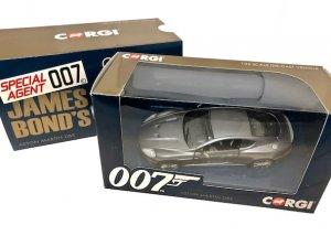 コーギー 1/36スケール「アストンマーティンDBS 007 Casino Royale」