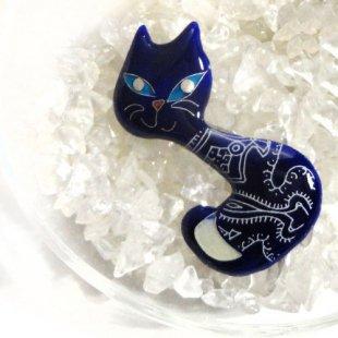 [七宝焼き] ネコのブローチ ブルー(ふりむき)