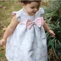 Bonnie Jean バラのブロケードワンピースドレス(トドラーサイズ)