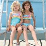 Isobella and Chloe トリコロールフリルのチューブトップビキニ(ジュニアサイズ)